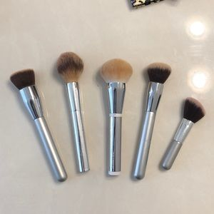It Cosemtics Brush Bundle (5 brushes)